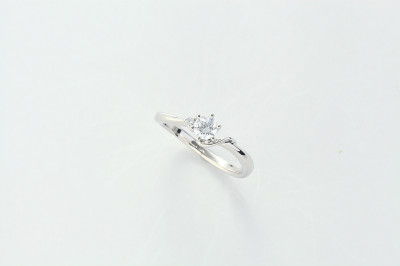 ブランカ大分店 婚約指輪