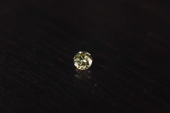 シャンパンカラーのダイヤモンド!