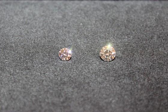 ダイヤモンドの大きさの違い